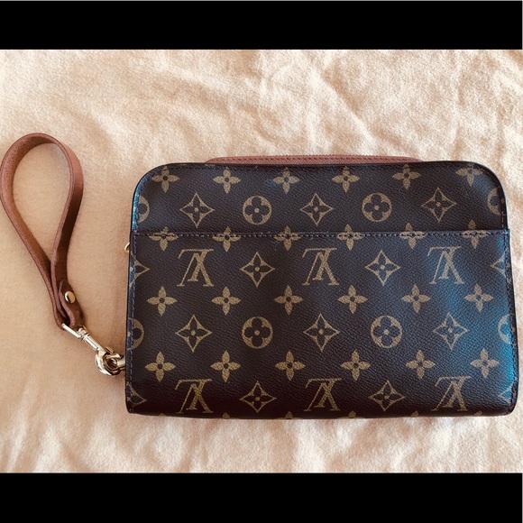 Louis Vuitton Handbags - Authentic Louis Vuitton Monogram Orsay Clutch